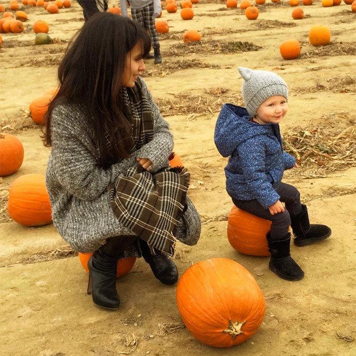 "Alec Baldwin's wife Hilaria and their ""little pumpkin"" Carmen. 