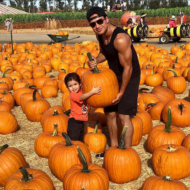 "Mario Lopez and his son Nico are the perfect ""pumpkin picking partners.""