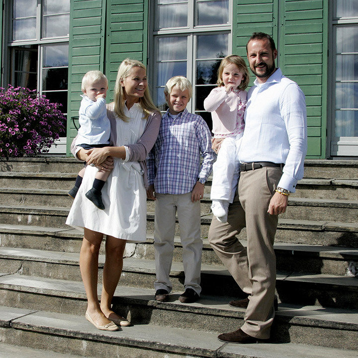 5. Three years after their wedding, the couple welcomed their first child Princess Ingrid Alexandra in January 2004, who was followed by Prince Sverre Magnus in December 2005.