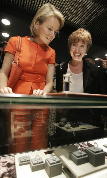 You can never have too many royal jewels. Queen Mathilde of Belgium window shopped for rings at a jewelry store during a 2007 promotional event in Hong Kong.