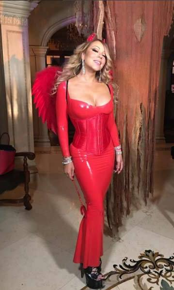 Mariah Carey dressed as a devil for her pre-Halloween celebrations.