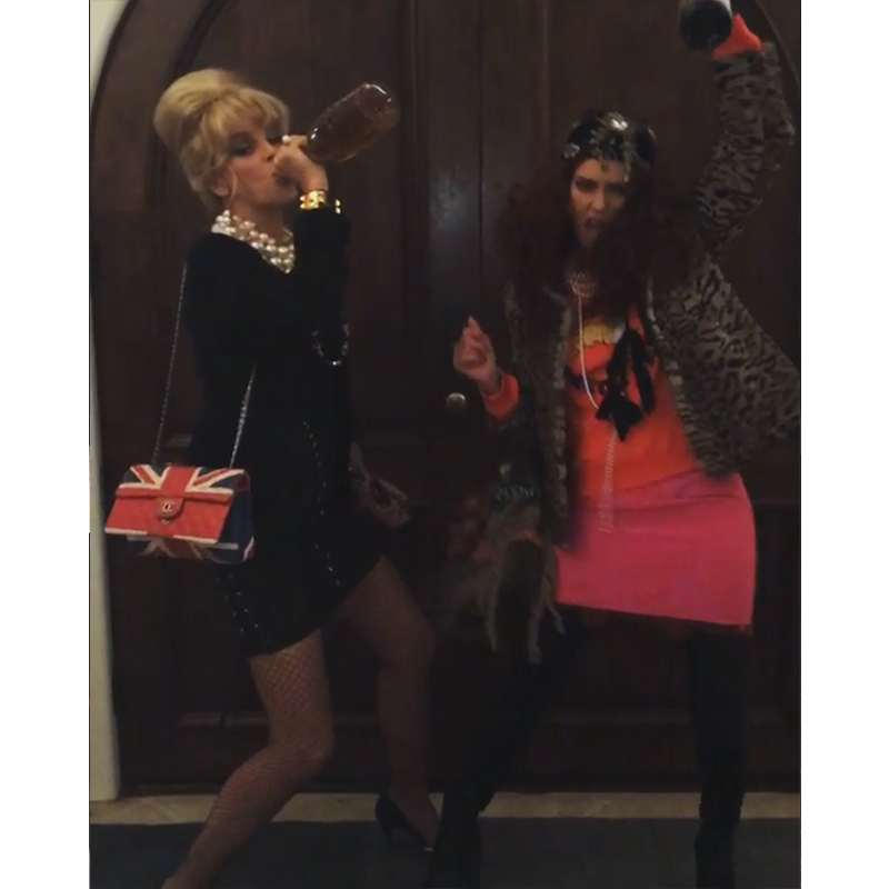 Jessica Alba and her bestie had a wild night as <em>Absolutely Fabulous</em> characters Patsy and Edina.