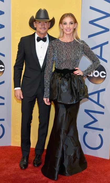 Tim McGraw and Faith Hill were the perfect pair in black tie. Faith stunned in a dress by Armani, while her leading man donned a suit by Lanvin. 