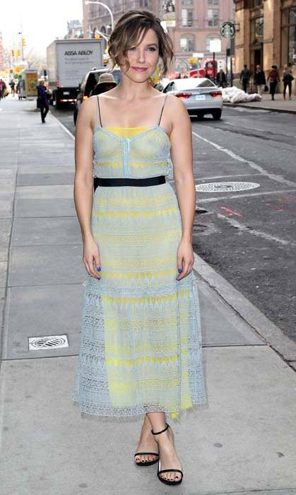 <h2>Sophia Bush</h2>