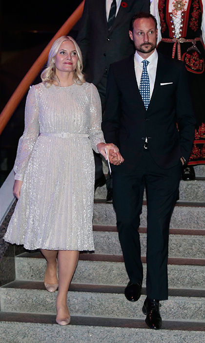 On Monday evening, Haakon escorted his stunning wife to a musical reception hosted by the Norwegian Ambassador to Canada. 