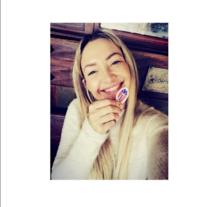 "Kate Hudson flashed her ""I Voted"" sticker.