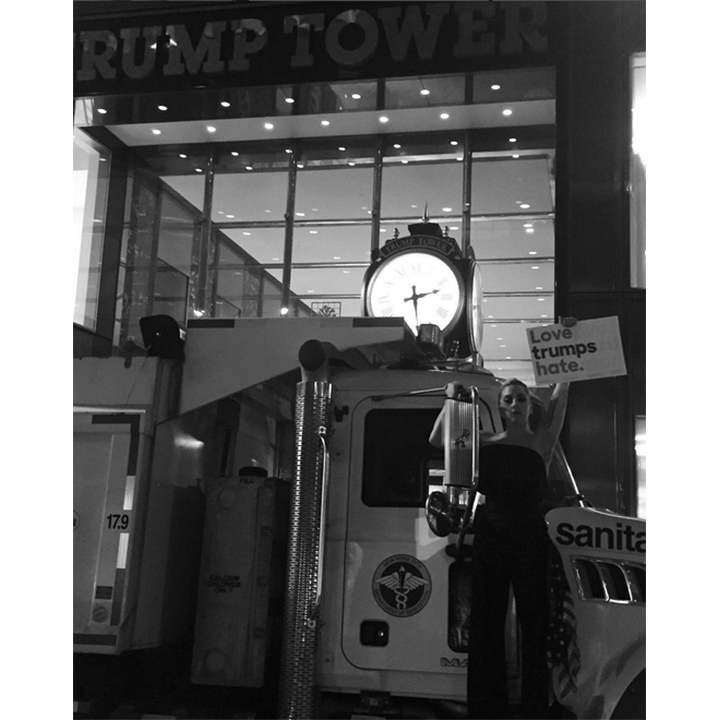<h2>Lady Gaga's peaceful protest</h2>