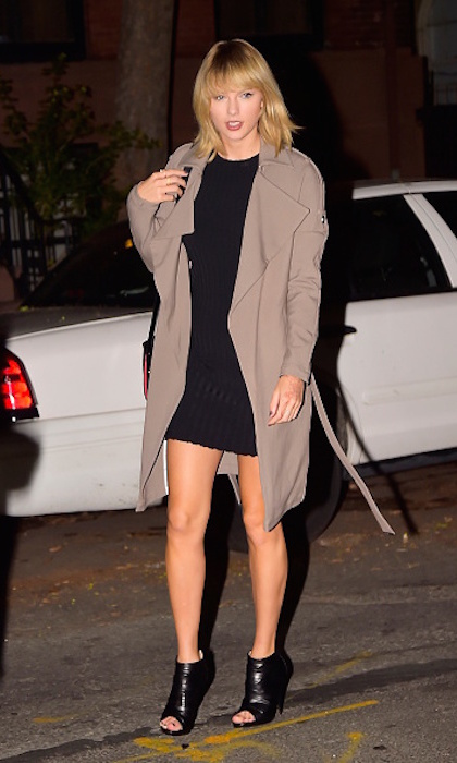 Taylor Swift stepped out in September 2016 wearing a taupe trench coat by Canada's Soia & Kyo. The Ornella coat kept chills at bay on the streets of NYC.