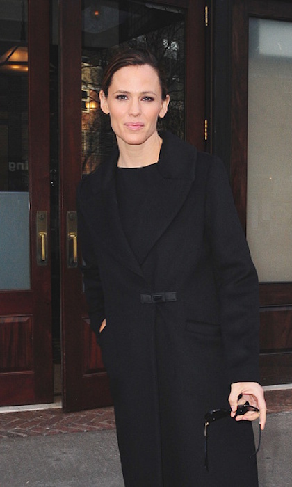 Jennifer Garner took a stroll through Soho in March 2016 wearing Soia & Kyo's tailored black Rosaleen coat and her hair in a sleek ponytail.