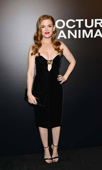Isla Fisher unleashed her inner bombshell for the screening of Focus Features' <em>Nocturnal Animals</em> at Hammer Museum in Westwood, California.<br>Photo: © Getty Images
