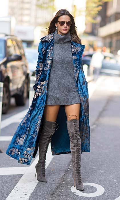 Alessandra Ambrosio was seen before a Victoria's Secret fitting wearing a gorgeous blue velvet Ralph Lauren coat.<br>Photo: © Getty Images