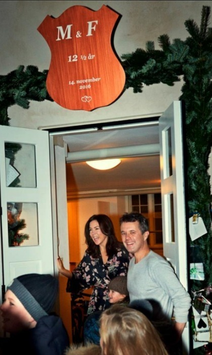 <p>Crown Prince Frederik and Crown Princess Mary got a celebratory, and traditional, wake up call at 6:30 a.m. from royal well-wishers outside of their home in honor of their Copper Wedding anniversary.</p>