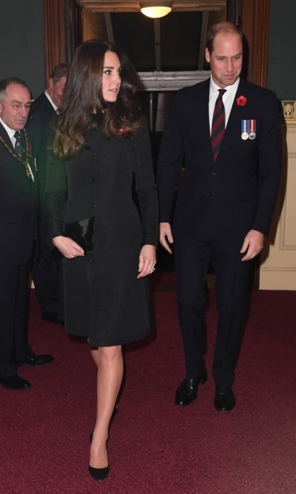 Saturday night date night with William's family! Kate and her husband joined Queen Elizabeth and other relatives at the Royal Albert Hall for the Royal Festival of Remembrance.<br>Photo: &copy; PA