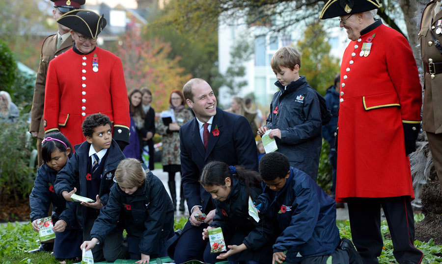 The Duke of Cambridge dedicated Kensington Memorial Park as a Centenary Field on November 10. Prince William planted poppy seeds with children at the site, which is a living legacy for those who fell during the Great War.<br>Photo: &copy; PA