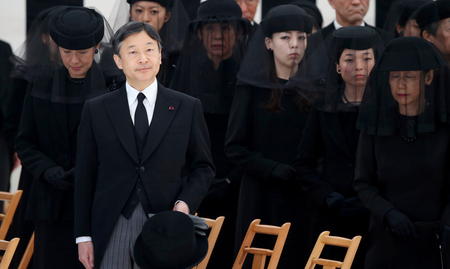 Crown Prince Naruhito and Crown Princess Masako, left, joined other members of the Imperial Family to mourn Prince Mikasa at the Toshimagaoka graveyard in Tokyo. The younger brother of former Emperor Hirohito died at the age of 100 in Tokyo on October 27.<br>Photo: &copy; Getty Images