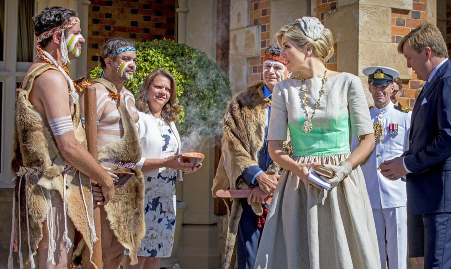 Queen Maxima of the Netherlands received a traditional Aboriginal welcome at the Government House in Perth, Australia, during her 5-day visit Down Under with husband King Willem-Alexander.<br>Photo: &copy; PA