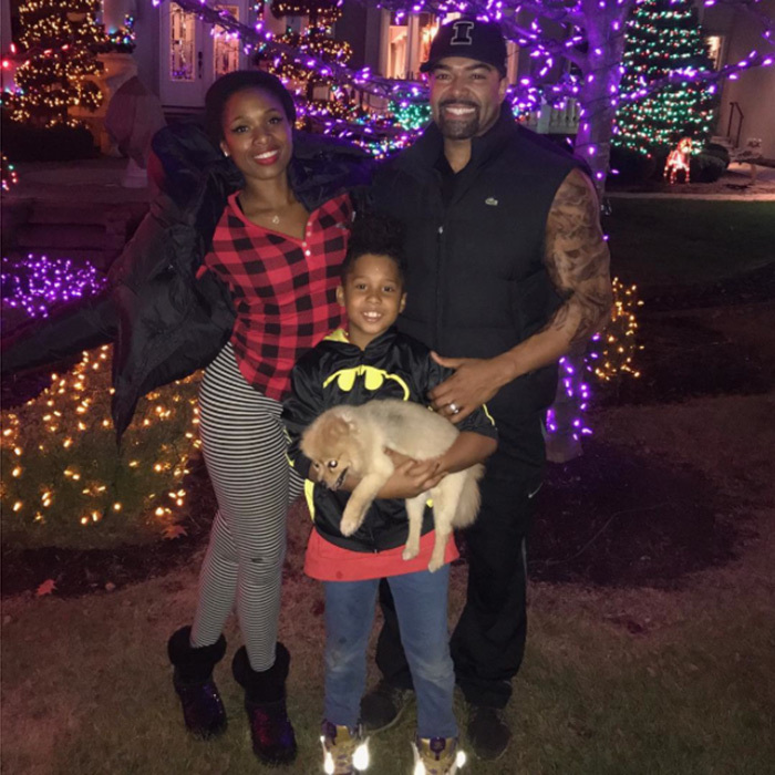 "Jennifer Hudson posted this adorable picture of her husband David Otunga, son David, Jr and beloved dog Oscar as they made the transition from Thanksgiving to Christmas! ""It's finally here ! Happy thanksgiving n Happy holidays to u all !!!!!!!"" 