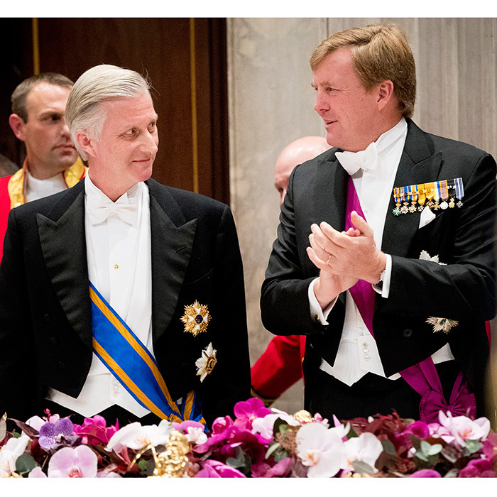 King Philippe and King Willem-Alexander looked sharp, while conversing at the stat banquet held at the royal palace.