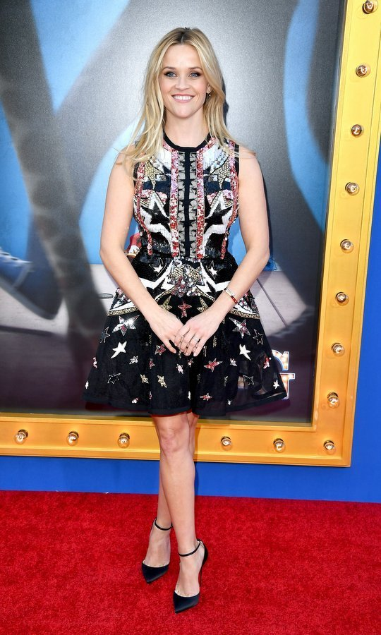 Actress Reese Witherspoon stepped out in an embellished skater dress for the premiere of Universal Pictures' <em>Sing</em> in Los Angeles.