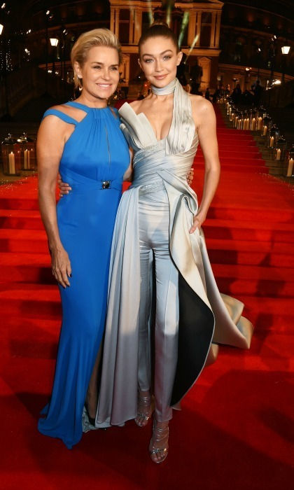 December 5: Yolanda and Gigi Hadid had a mother-daughter style moment in Atelier Versace during the 2016 British Fashion Awards in London.