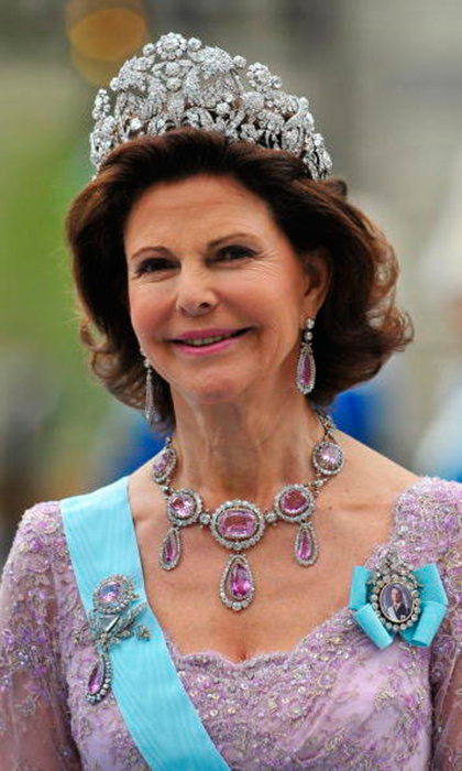 Queen Silvia favors the larger tiaras – this one is known as the Bragança, which is nearly five inches tall. It is a heritage piece, passed down through many generations from Queen Josephine's sister, Empress Amélie of Brazil.