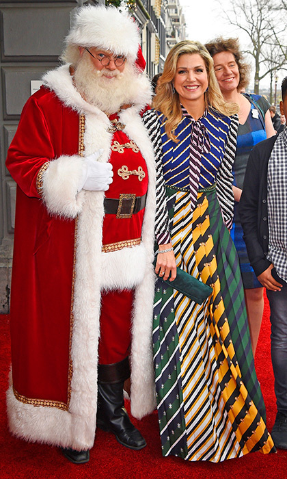 Queen Maxima of the Netherlands had fun hanging out with Santa Claus at a Christmas music gala at Theater Carré in Amsterdam on December 9.