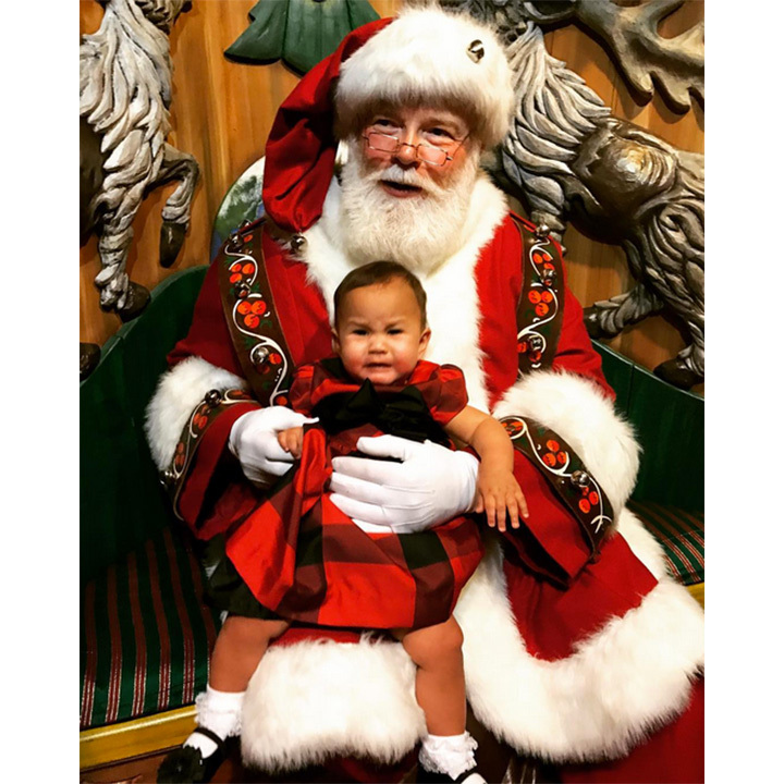 "Luna's first picture with Santa didn't go as planned. ""She did such a good job!"" ""She didn't even cry!"" We only share what we want you to see, my loves. Lol"" wrote her mom on Instagram. 