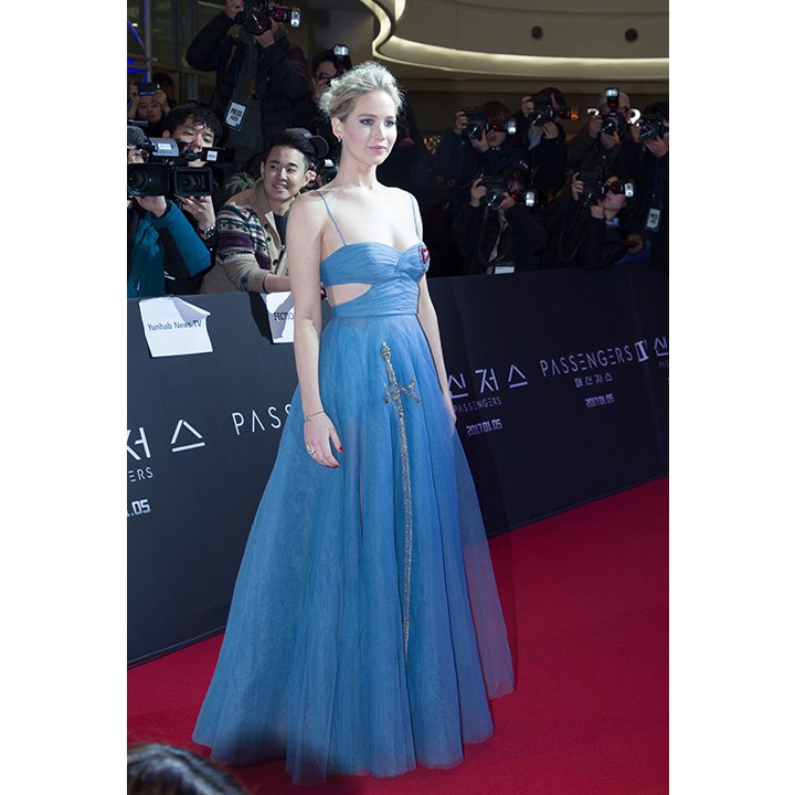Later at the premiere, Jen looked picture-perfect in blue Dior. 