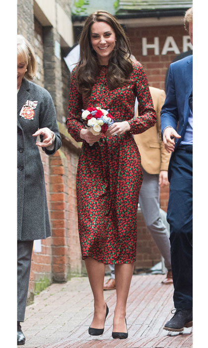 The Duchess looked holiday ready wearing the festive frock to a Christmas party.