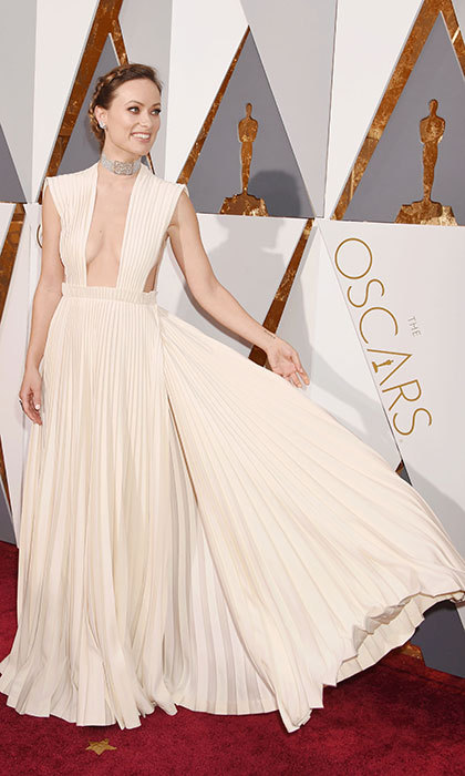 Olivia Wilde channeled Grecian-goddess grace in pleated Valentino at the Oscars. 