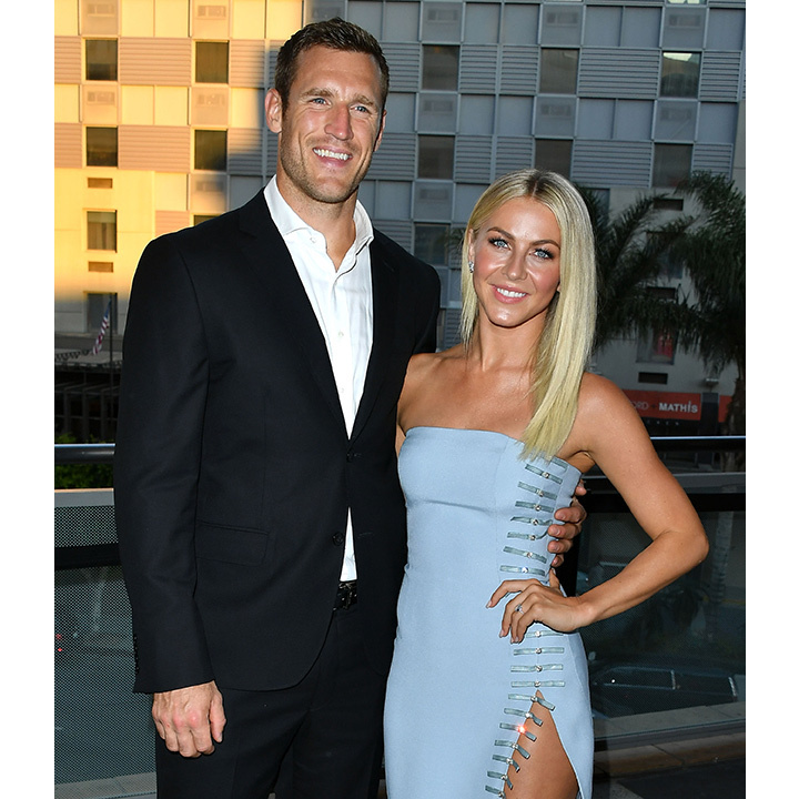<h2>Julianne Hough and Brooks Laich</h2>