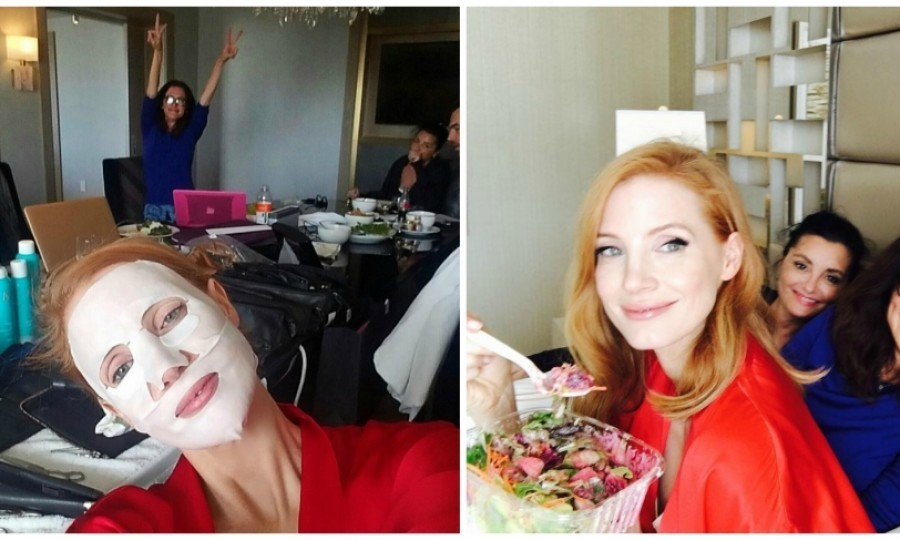 "Jessica Chastain called on the power of salad and facial masks for her Golden Golds prep. The Miss Sloan star said, ""It's important to keep your energy up.""