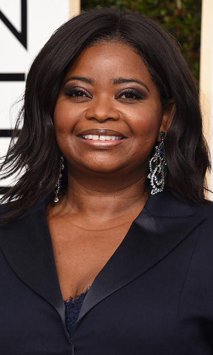 <h3>Octavia Spencer</h3><p>Octavia's makeup is flawless, and the hit of navy in her smoky eye subtly matches her killer tuxedo.</p><p>Photo: © Getty Images</p>
