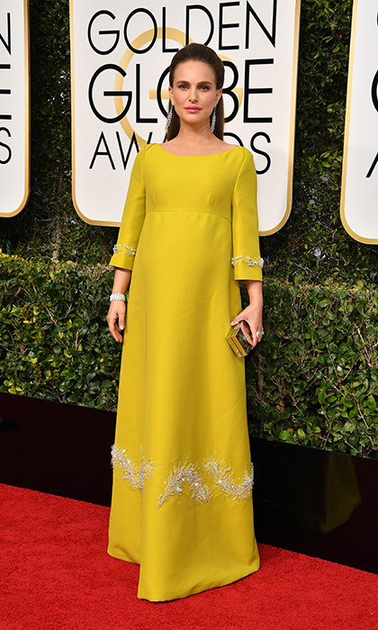The Golden Globe nominee looked vibrant in Prada at this year's awards ceremony. 