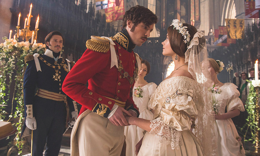 Victoria\' costume designer reveals all about corsets, prosthetic ...