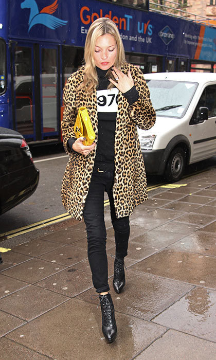 <h3>5. Leopard print goes with everything</h3><p>We can't talk about Kate Moss' style without mention of a leopard coat. She wears this statement-maker with everything from casual black skinnies to formalwear.</p><p>Photo: &copy; Shutterstock</p>