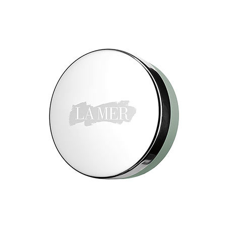 "<h3>What to wear</h3><p>La Mer Lip Balm, $70; visit <a href=""http://www.cremedelamer.ca/"" target=""_blank"">cremedelamer.ca</a></p>"