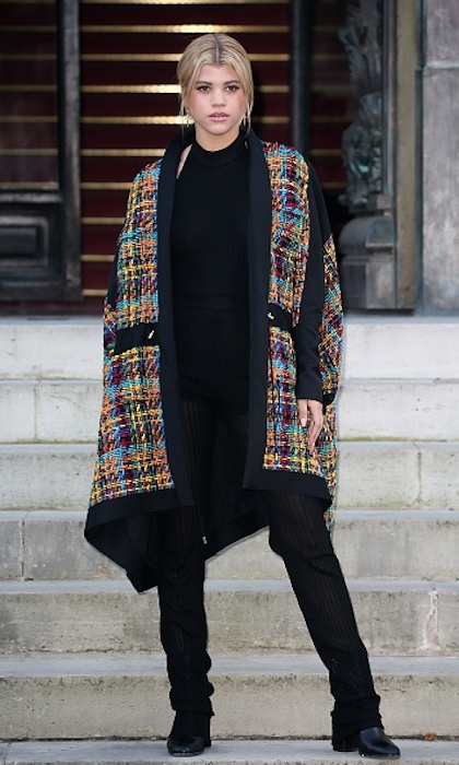 <strong>Jan. 21:</strong>Sofia Richie rocked an multi-coloured oversized coat to the Balmain show at PFW. 