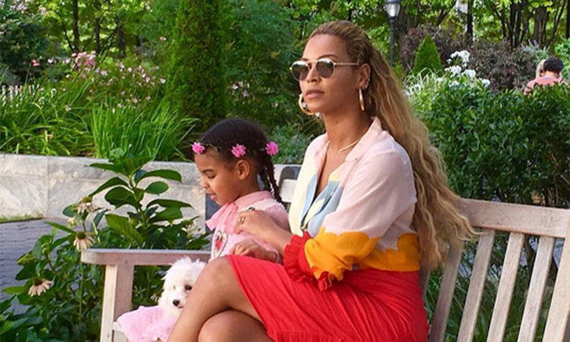Beyonc And Blue Ivy Are Practically Twins In New