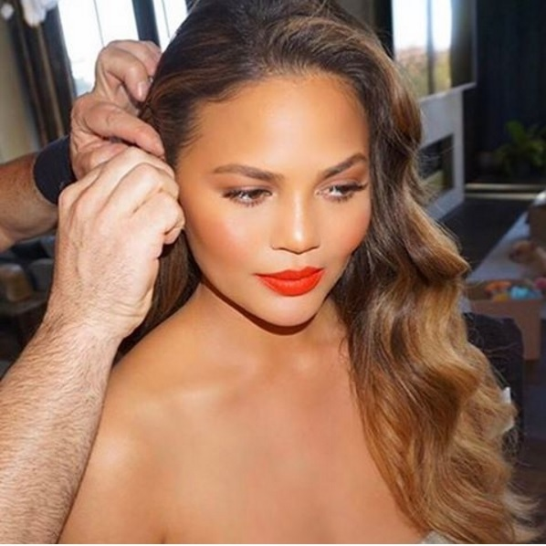 "<p>The secret to <a href=""/tags/0/chrissy-teigen/"" target=""_blank"">Chrissy Teigen</a>'s gorgeous SAG Awards look? Lots of volumising hair products applied by celebrity stylist Giannandrea.</p><p>The model also had make-up artist Mary Phillips on hand to create a glamorous beauty look, which she said was ""all about that skin, annnnd a liiiiiittle bit of lip.""</p><p>Photo: © Instagram</p>"
