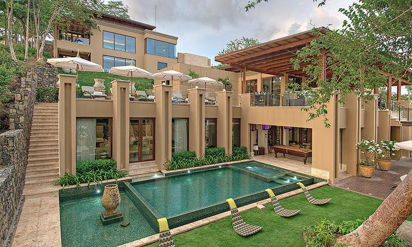 The Kardashians consistently serve up #vacationgoals with their annual family getaways and this year has been no exception. Kris Jenner whisked the clan away to Costa Rica for a sun-soaked tropical adventure, pulling out all the stops by hiring the exclusive Villa Manzu. This 30,000 square-foot estate is the epitome of luxury, boasting a host of glamorous amenities including a spa, two swimming pools, and a home cinema.