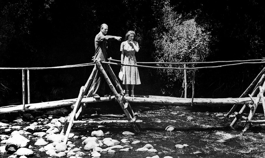 Princess Elizabeth and Prince Philip pictured in the grounds of Sagana Lodge in 1952.