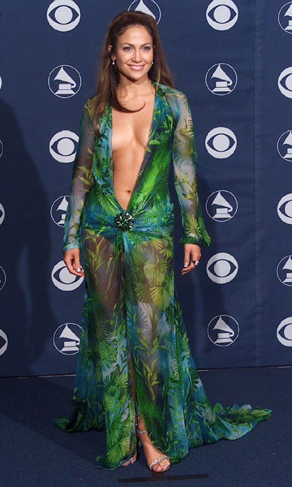 <h3>Jennifer Lopez in Versace</h3><p>Va-va-voom. J-Lo's risky, plunging Versace number had EVERYONE at the 2000 Grammy Awards talking (we believe they still are!).</p><p>Photo: © Getty Images</p>