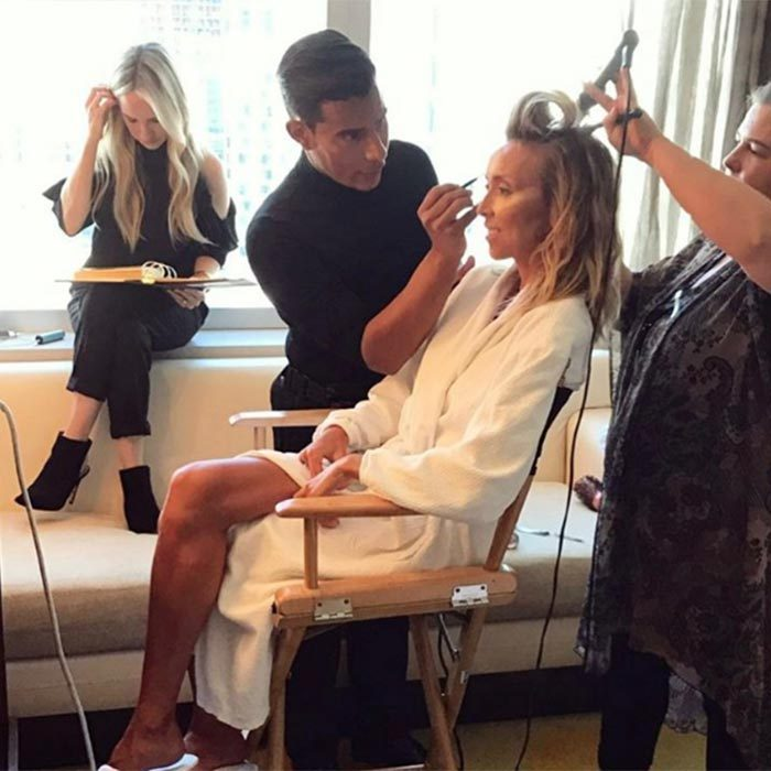 Giuliana Rancic had a glam squad on hand to help her get ready for the glitzy bash, giving fans a candid look into her pampering routine.