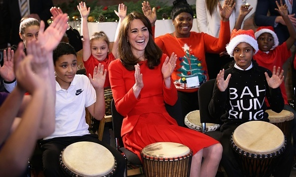 The Duchess showed off her music skills in 2015 while visiting the Anna Freud Centre Family School.