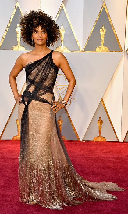 <h3>Halle Berry in Versace</h3><p>Photo: © Getty Images</p>