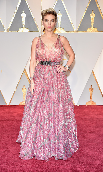 <h3>Scarlett Johannson in Alaia</h3><p>Photo: © Getty Images</p>