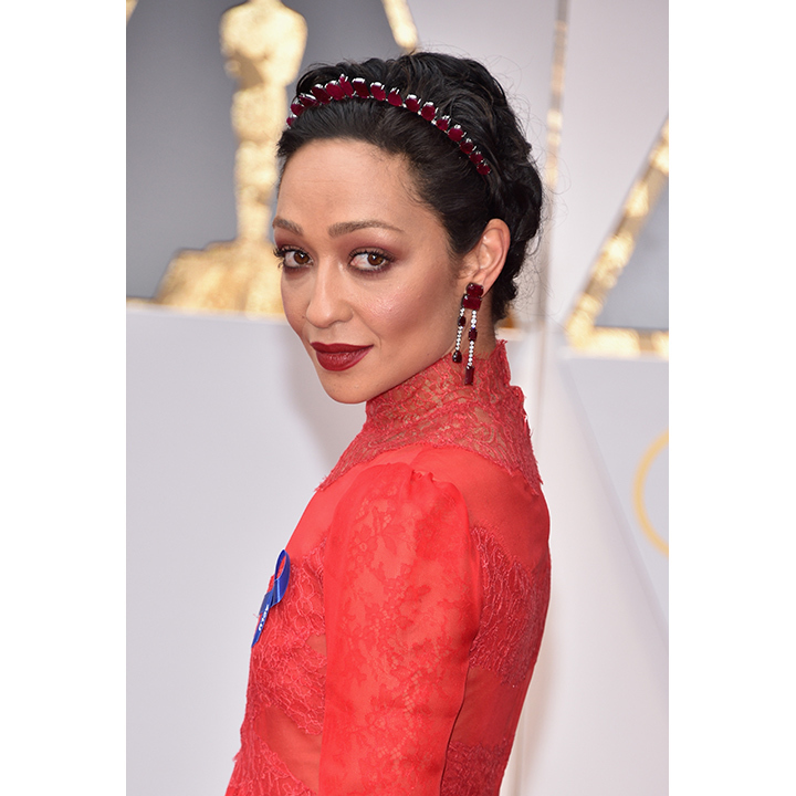 Ruth Negga, a Best Actress nominee for <em>Loving</em>, opted for simplicity with her accessories (which in no way undermined their beauty). To complement her red Valentino dress, the star wore a stunning headpiece from Irene Neuwirth that was made from ethically sourced rubies in Mozambique. Her earrings and ring were crafted by the same designer. 