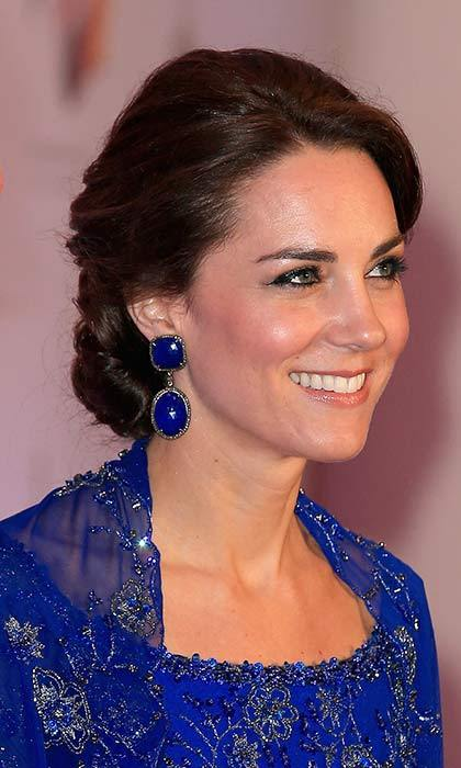 Kate wore tanzanite Amrapali earrings during her royal tour of India in April 2016.