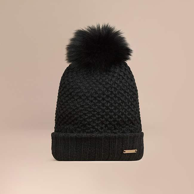 <h2>WHAT TO PACK</h2>